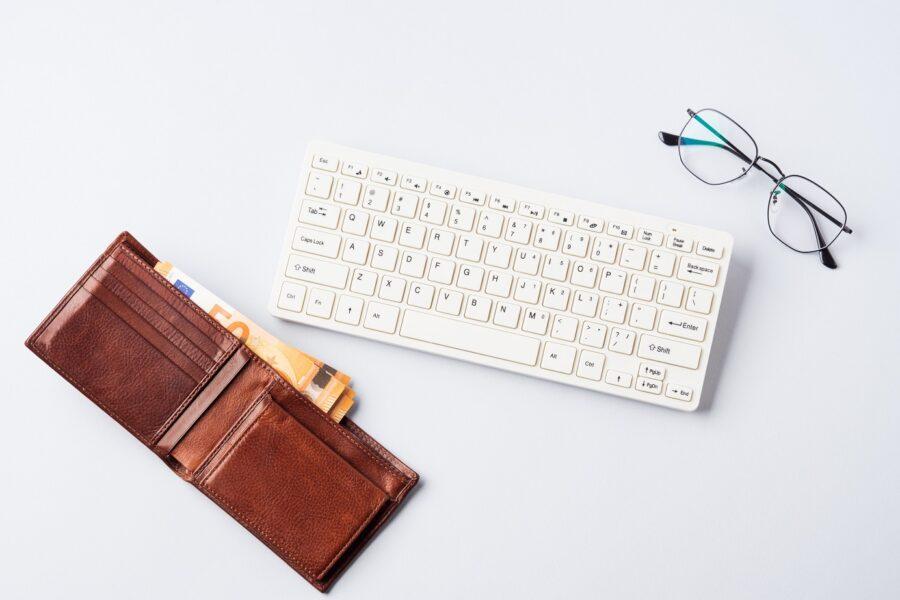 Come iniziare a guadagnare con un sito o un blog su internet